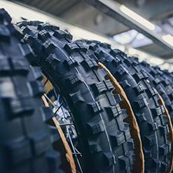 Neumáticos y Cámaras de Moto